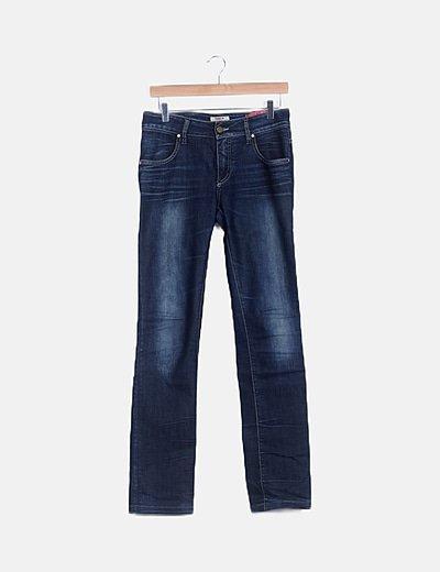 Jeans oscuro desgastado