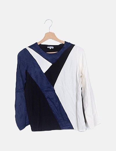 Blusa combinada tricolor