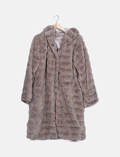 Abrigo largo pelo gris