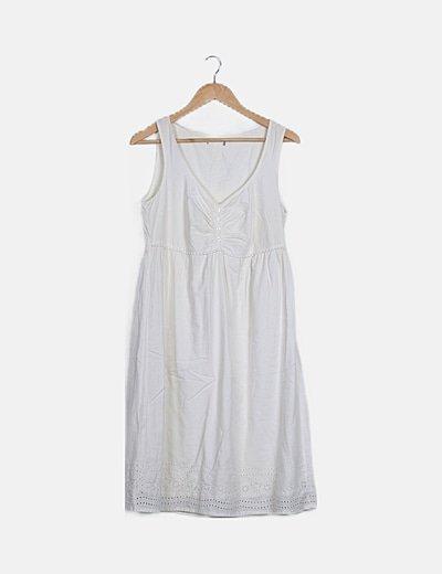 Vestido maxi beige detalle guipur