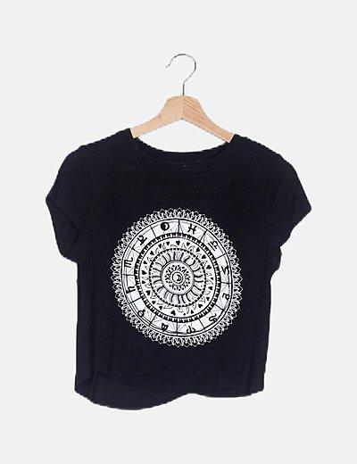 Camiseta negra print étnico