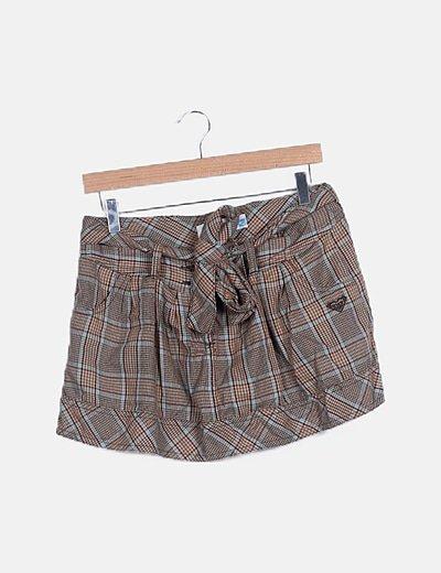 Falda globo marrón de cuadros