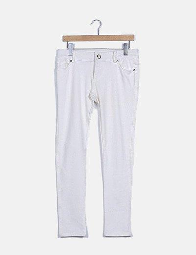 Pantalón pitillo blanco con strass