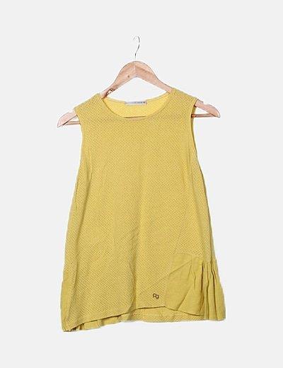 Blusa calada amarilla