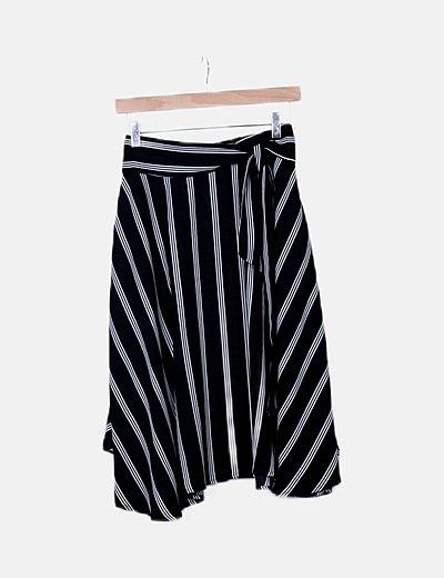 Falda midi negra rayas blancas