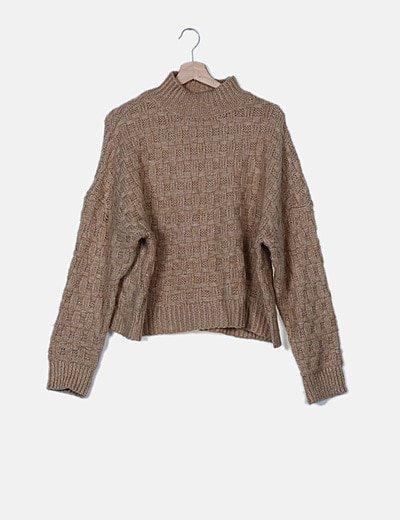 Jersey de cuello alto marrón claro
