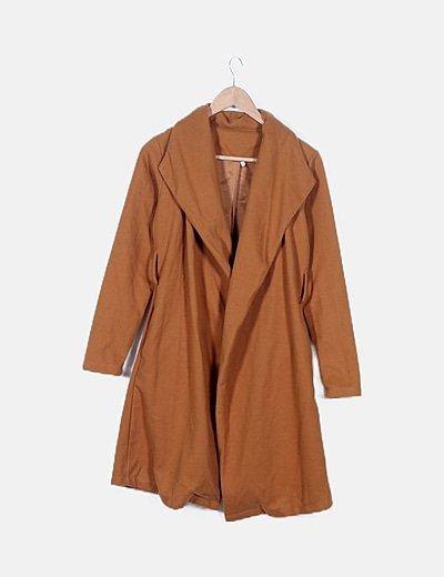 Abrigo largo camel manga larga