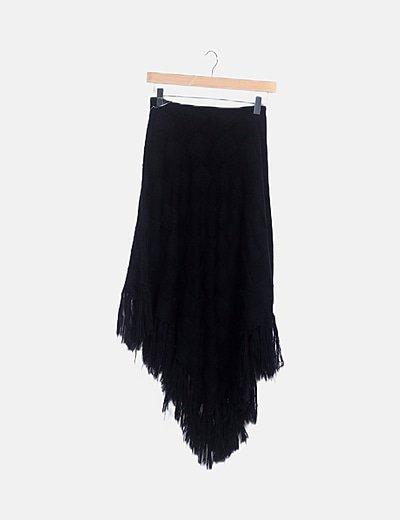Falda punto negra desflecada