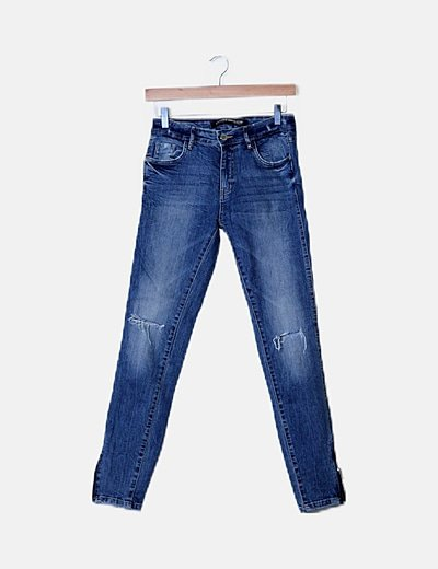 Jeans denim azul roto