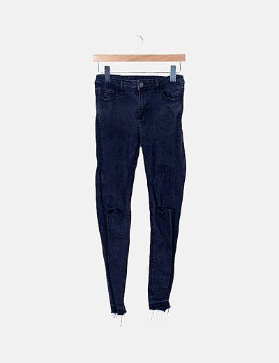 Jeans denim negro desflecado