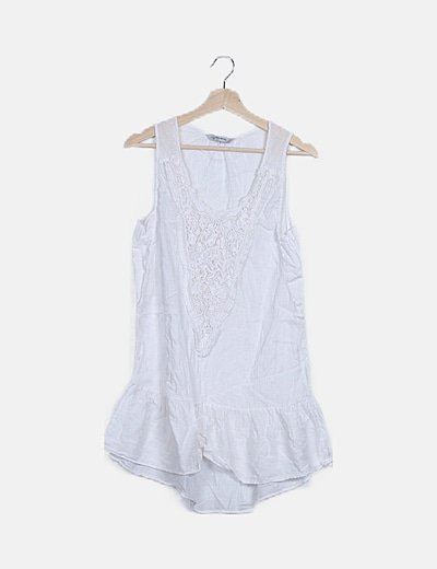 Vestido mini blanco escote crochet