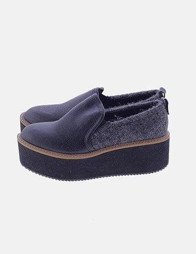 Zapato negro combinado