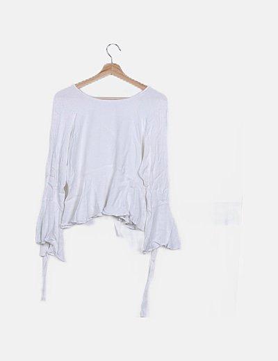 Camiseta blanca volantes