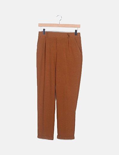 Pantalón marrón fluido