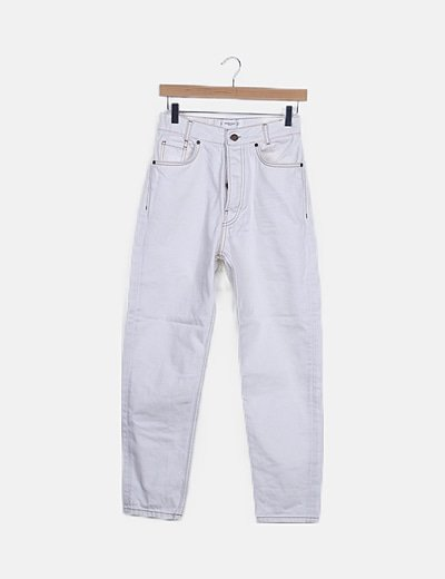 Pantalón denim blanco mom fit