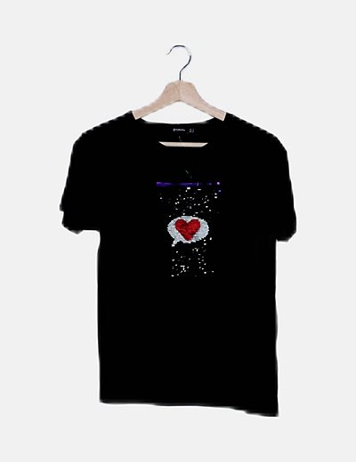 Camiseta negra con lentejuelas