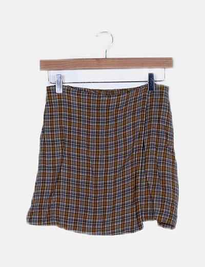 Falda midi de cuadros combinados