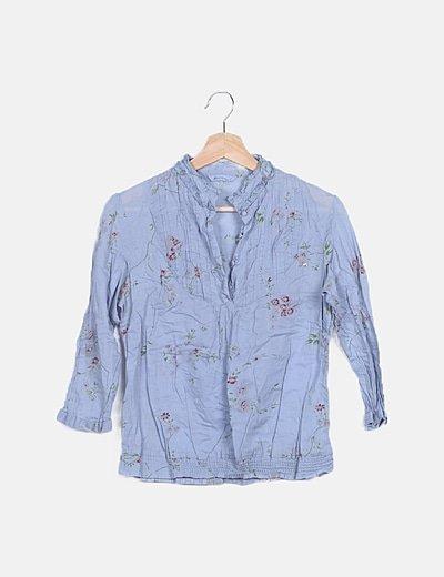 Blusa azul floral escote plisado