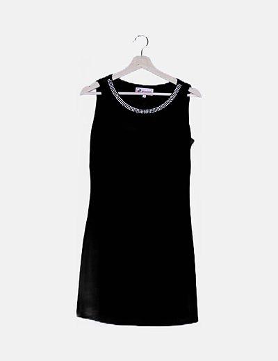 Vestido negro cuello strass