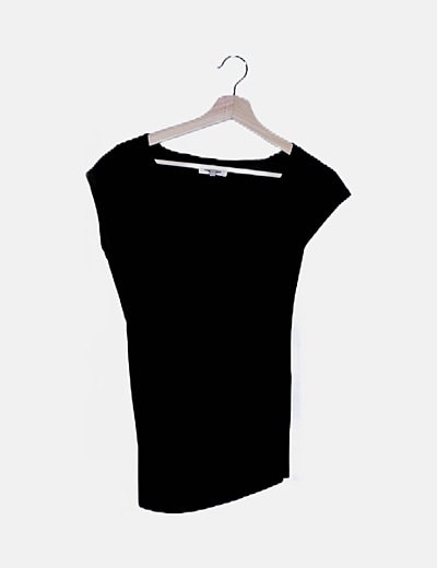 Camiseta negra básica