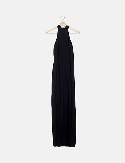 Vestido negro cuello con abalorios