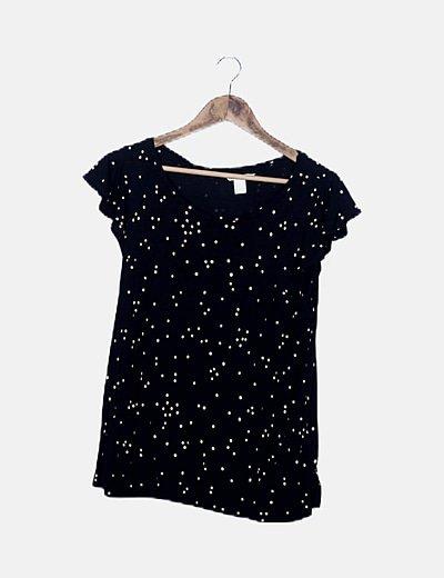 Camiseta negra de lunares