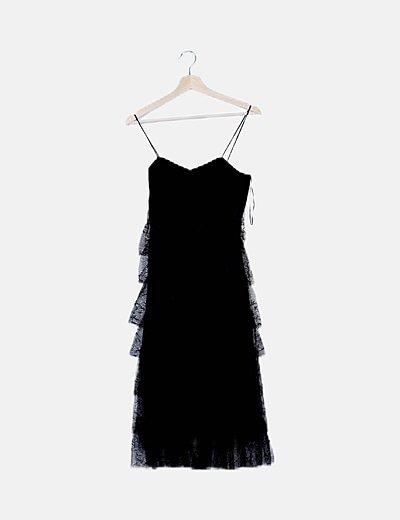 Vestido negro volantes de encaje