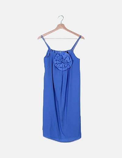 Vestido azul cielo fuido detalle flor