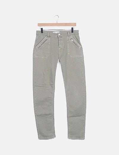 Jeans skinny verde detalle cremalleras