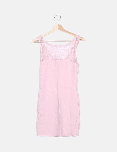 Vestido rosa palo de encaje