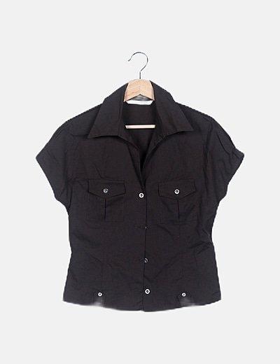 Camisa marrón manga corta detalle bolsillo