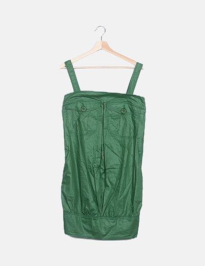 Vestido verde satinado detalle bolsillos