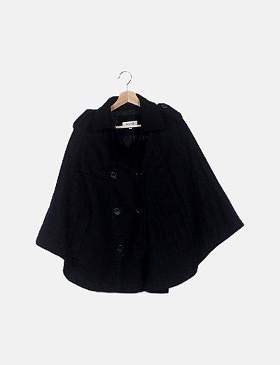 Poncho negro doble botón