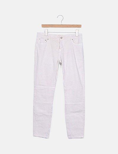 Pantalón crudo costuras