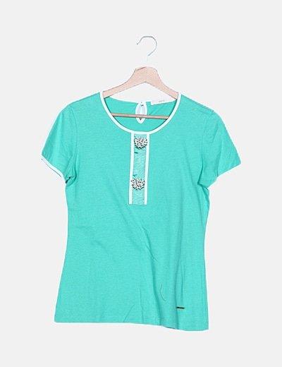 Camiseta verde detalle abalorios