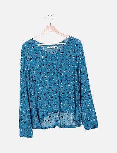 Blusa azul estampada