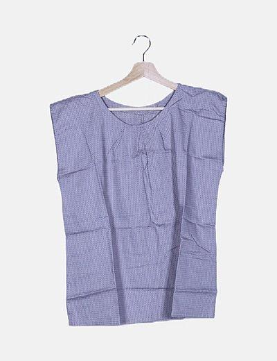 Blusa gris texturizada