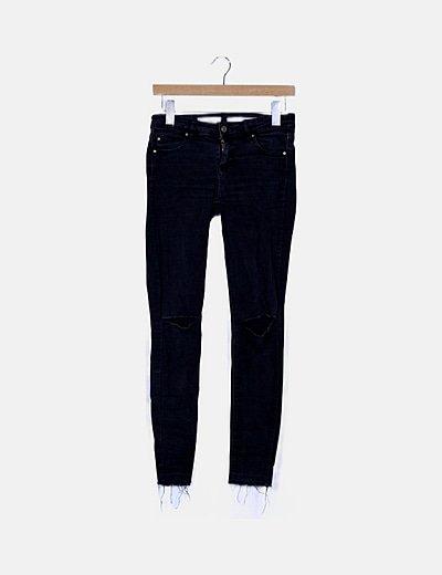 Jeans pitillo gris marengo
