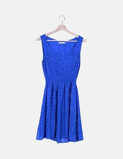 Vestido fluido azul estampado