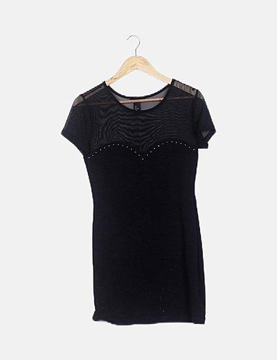 Vestido mini negro combinado con tachas