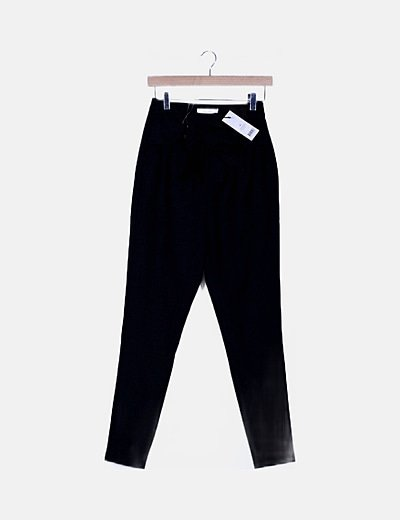 Pantalón baggy negro lazo