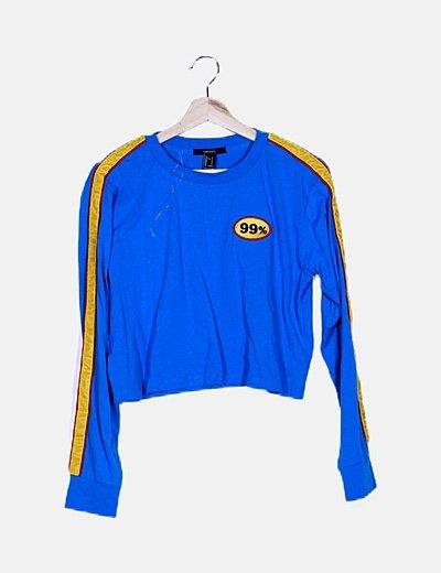 Camiseta azul ribete amarillo