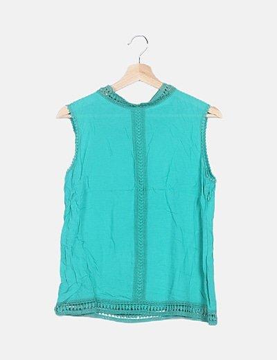 Blusa turquesa detalles crochet