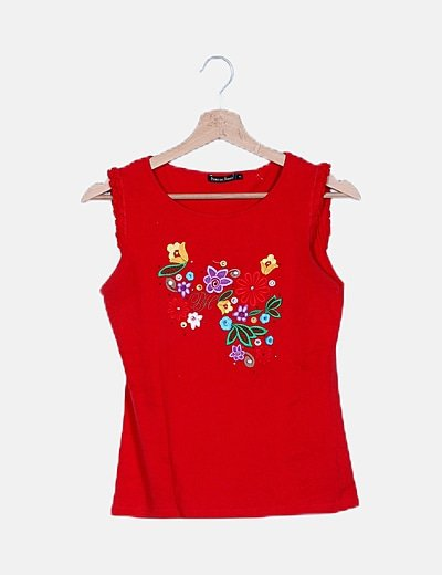 Blusa roja bordados