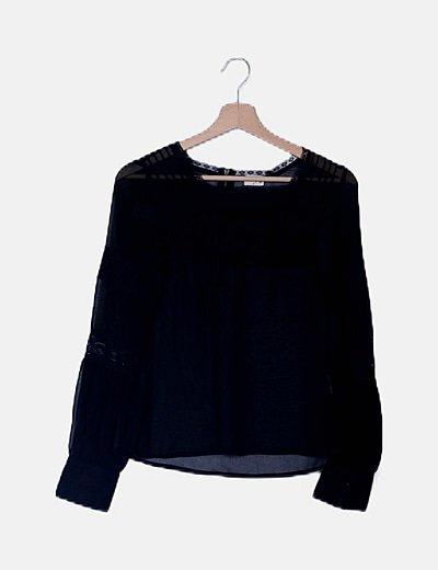 Blusa gasa negra