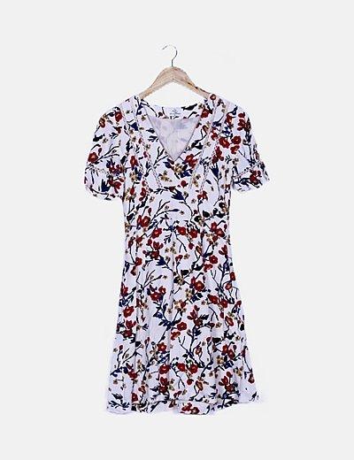 Vestido floral blanco detalles punto
