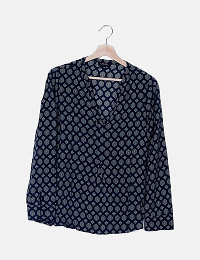 Blusa azul marino estampada