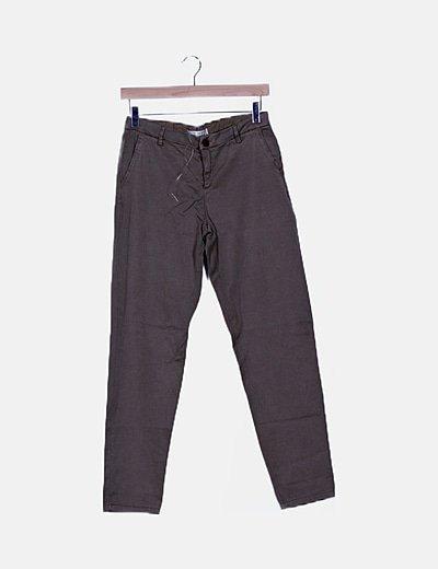 Pantalón marrón chino slim