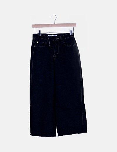 Pantalón denim negro desflecado