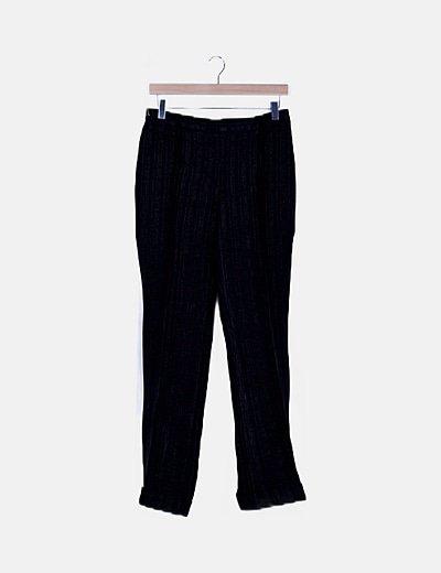 Pantalón negro texturizado